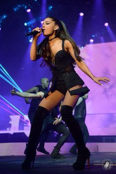 Ariana Grande Honeymoon Tour 2015