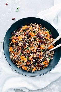 Cranberry Pecan Sweet Potato Wild Rice Pilaf is such an amazing side dish because it is infused with so many incredible flavors and textures. Crunchy pecans, cranberries, sweet potato, wild rice, and herbs come together in this unforgettable dish! Rice Side Dishes, Vegetable Dishes, Food Dishes, Side Dish Recipes, Vegetable Recipes, Vegetarian Recipes, Healthy Recipes, Wild Rice Recipes, Whole Food Recipes
