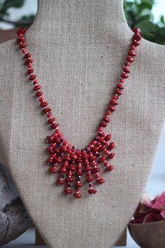 Collier Etoile Graines rouges et noirs : Collier par ti-graines