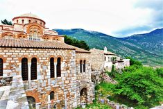 The scenic Hosios Loukas, located at the foot of Mt. Parnassos in a picturesque valley teemed with olive trees is not only the oldest but also the largest of three UNESCO famed monasteries #unesco #HosiosLoukas #Boeotia #Greece #Monterrasol #travel #privatetours #customizedtours #multidaytours #roadtrips #travelwithus #tour #nature #mountains #green #byzantine #architecture #art #beautiful #beauty #monastery #church #view #unescosite #worldheritagesite #masterpiece #thisisgreece Byzantine Architecture, Architecture Art, Byzantine Art, Day Tours, World Heritage Sites, Greece, Road Trip, Old Things, Island