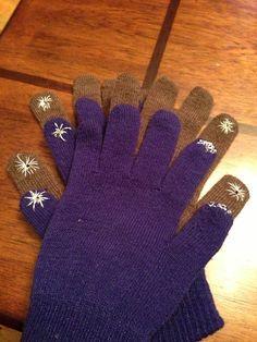 7e06ebb5e46ff Cómo hacer guantes táctiles. En este artículo te vamos a explicar una forma  muy fácil de convertir tus guantes favoritos de lana en guantes modernos  que te ...
