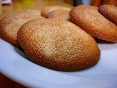 MOSTACHONES A LEÑA. Preparamos un dulce tradicional que antiguamente se preparaba en un horno de piedra. Nosotros queremos darle un toque diferente y especial que aportará un valor añadido a este dulce.