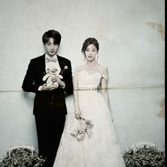 Tzukook Wedding  . . . . . . #momintzu #Bangtwice #bangtwicecouple #twice #twicebts #bts #bangtanboys #tzukook #taesana #jimina #tzuyu #jungkook #jeonjungkook #choutzuyu #nayeon #seokjin #rapmon #jihyo #momo #jhope #suga #chaeyoung #jungyeon #sana #taehyung #v #couple #evilmaknae #makanecouple #fff Taehyung, Jungkook Fanart, Bts Jungkook, Tumblr Couples, Kpop Couples, Jung Kook, Miya Mobile Legends, Bts Twice, Bts Girl