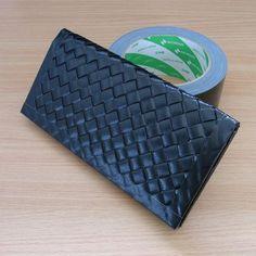 今、ガムテープを使って作る「ガムテープバッグ」が人気急上昇!!おしゃれな柄のガムテープも増えており、作り方も慣れれば簡単♡ハマる人が増えてるんです!!是非マネして作っちゃいましょう!!