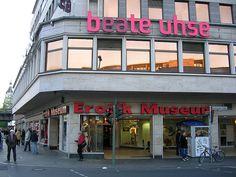 """Innslag fra """"Liberale Berlin"""" - Beate Uhse / Erotik Museum."""