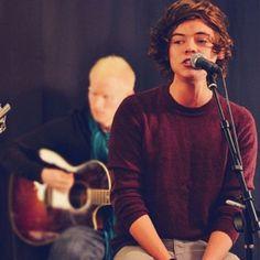 Harry Styles (:
