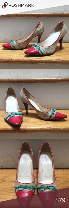 Marc Jacobs pointed toe bow heels pumps Marc Jacobs heels. Features wooden heel, pointed toe, fabric body, leather toe, and bow detailing. Leather insoles. Soles have been refurbished by a cobbler. Shoes have been worn, but still in good condition. Size 39.5. Marc Jacobs Shoes Heels
