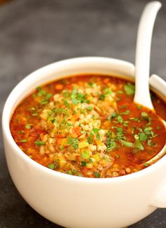 This Vegetable Barley Soup is like giving your soul a warm hug. Full of vegetables, barley and goodness in a tomatoey broth. Soup Recipes, Vegetarian Recipes, Cooking Recipes, Healthy Recipes, Delicious Recipes, Barley Recipes, Vegetable Barley Soup, Vegetarian Barley Soup, Healthy Soup