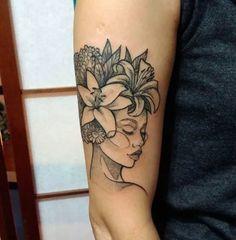 Black People Tattoos, Black Girls With Tattoos, Girl Back Tattoos, Tattoos For Women, Mother Tattoos, Mom Tattoos, Cute Tattoos, Body Art Tattoos, Exotic Tattoos
