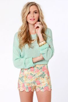 Beige floral print shorts - Lulu's