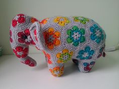 Ravelry: Loxodonta & Elephas the african flower elephants by Anne Rutgrink
