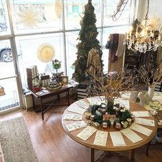 Before all the shoppers hit the store all is calm and bright!! But we love seeing you in here so be sure to stop by to see all the new styles we have in!!  #aliontheboulevard