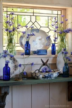 Singing the Wildflower Blues: Bachelor Buttons! – Home is Where the Boat Is Blue And White China, Blue China, China China, Decoration Shabby, Bachelor Buttons, Muebles Shabby Chic, Vibeke Design, White Dishes, Blue Dishes