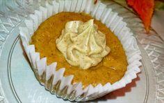 The Farmers Wife: Mini Pumpkin Cheesecakes (with a Cinnamon Cream Cheese Swirl!)