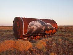 Artist: ROA - A bilby in Pilbara, Western Australia. Part of The Pilbara Project, supported by FORM, a non-profit organization promoting creativity in Western Australia Banksy, Street Installation, Knit Art, Macabre Art, Sand Art, Street Art Graffiti, Street Mural, Street Artists, Public Art