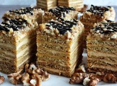 Popcorn Recipes, Dessert Recipes, Torte Cake, Rice Krispie Treats, Holidays And Events, Banana Bread, Good Food, Food And Drink, Cookies