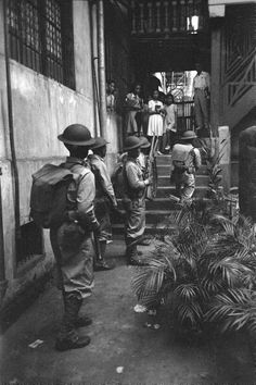 Filipino soldiers patrolling the streets of Manila in the days prior to Philippines and US involvement in WWII. Date taken: November Photographer: Carl Mydans. Ww2 Photos, Cool Photos, Interesting Photos, Philippine Army, Aikido Martial Arts, Bataan, Military Photos, Korean War, Vintage Comics