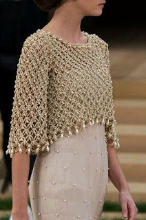 Crochet bolero decorated with pearls, for a special occasion. Crochet bolero decorated with pearls, for a special occasion. Made in point Solomon, this crochet work is beautiful and . Crochet Shawl, Knit Crochet, Crochet Bolero Pattern, Crochet Shrugs, Crochet Sweaters, Mode Chanel, Chanel Chanel, Mode Crochet, Chanel Couture