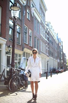 HELLO AMSTERDAM | Fiona from thedashingrider.com wears H&M Summer Dress, Zara Boots, Miu Miu Sunglasses and a Bag from Mango #ootd #whatiwore
