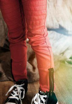 Love the zipper detail at this biker pants.