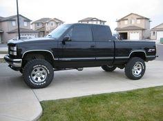 Lifted chevy silverado Z71 Truck, Chevy Pickup Trucks, Gm Trucks, Chevy Pickups, Chevrolet Trucks, Cool Trucks, Lifted Trucks, Chevrolet Cheyenne, 1994 Chevy Silverado