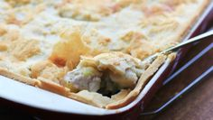 Learn how to make this mouthwatering chicken pot pie Pot Pie, Apple Pie, Casserole, Food And Drink, Cooking Recipes, Nutrition, Yummy Food, Chicken, Health