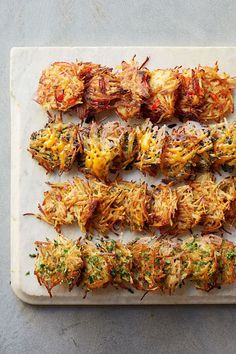 fall appetizers Potluck Appetizers, Best Holiday Appetizers, Vegetarian Appetizers, Appetizer Recipes, Holiday Recipes, Thanksgiving Appetizers, Potato Appetizers, Winter Recipes, Vegetarian Food