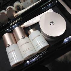 Giorgio Armani Beauty: bellezza da Millennials - Una nuova linea tra skincare e make-up e un rossetto longlasting. La bellezza del futuro è qui. Annalisa Betti di Beautytest.it l'ha provata per le lettrici di Fashion Times. - Read full story here: http://www.fashiontimes.it/2016/10/giorgio-armani-beauty-bellezza-da-millennials/