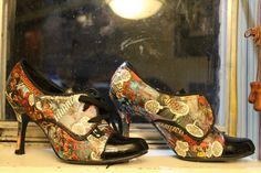 Customized Comic Book High Heels by SuperheroShoes on Etsy, $35.00