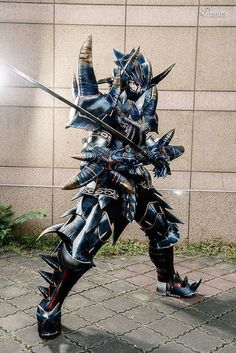 Holy shite. Cosplay by 貓匠 手作坊 (COS_CAT). #cosplay #MonsterHunter #videogames