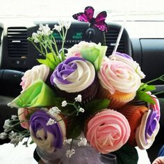 Customer submitted: A bouquet of cupcakes featuring our August Thomsen 12-Pack of Gel Food Color #baking #cupcakes