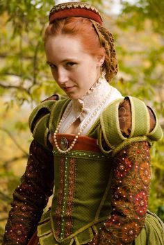 Marlayna, ginger coloring Elizabethan Green and Orange Gown (Stronghold Olde English Faire. Mode Renaissance, Costume Renaissance, Medieval Costume, Renaissance Fashion, Renaissance Clothing, Medieval Dress, Elizabethan Costume, Elizabethan Fashion, Tudor Fashion