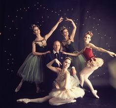 """New York City Ballet - Studio photo of George Balanchine (C) with Patricia McBride in red, Suzanne Farrell in white, Violette Verdy center back and Mimi Paul in """"Jewels"""", choreography by George Balanchine (New York) IMAGE ID: SWOPE_789968"""