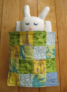 adorable handmade bunny & wee quilt.  SO adorable, would make a fantastic easter gift for the girls