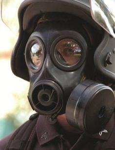 military-surplus-avon-cbrn-fm12-gas-mask-filter.jpg (480×625)