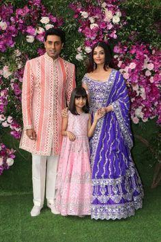 Mumbai: Abhishek Bachchan, Aishwarya Rai and Aaradhya Bachchan at Akash, Shloka wedding festivities (Batch - - Social News XYZ Bollywood Celebrities, Bollywood Actress, Bollywood Couples, Bollywood Photos, Indian Celebrities, Bollywood Fashion, Aishwarya Abhishek, Aaradhya Bachchan, Juhi Chawla