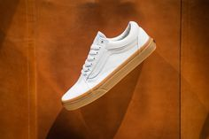 6c5e29a1ea Vans Old Skool (Canvas Gum) True White Light Gum