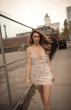 Te atreves con un vestido de boda corto? Berta Bridal coleccion 2018 en Blanco de Novia