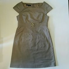 SALE DROP! Gorgeous JNY Gray Sheath Dress So classy! Polyester rayon blend. Fully lined Cap sleeves and cute metal detail at waist Jones New York Dresses
