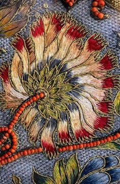 Marvelous Crewel Embroidery Long Short Soft Shading In Colors Ideas. Enchanting Crewel Embroidery Long Short Soft Shading In Colors Ideas. Chinese Embroidery, Crewel Embroidery, Vintage Embroidery, Embroidery Applique, Beaded Embroidery, Cross Stitch Embroidery, Embroidery Patterns, Machine Embroidery, Embroidery Supplies