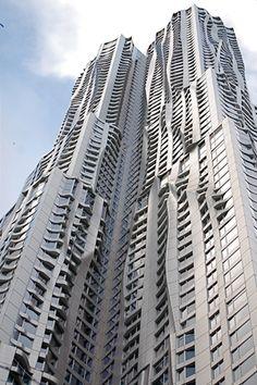 New York by Gehry, Estados Unidos – O grande prêmio do ano foi para o conceituado arquiteto canadense Frank Gehry.