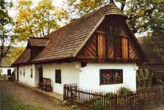Old Country Houses, Cottage Interiors, Budapest Hungary, Traditional House, Countryside, Tiny House, Building A House, House Design, Farmhouse