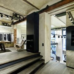 vosgesparis: Style is a simple way of saying complicated things Architecture Details, Interior Architecture, Interior And Exterior, Industrial Interior Design, Industrial Style, Hotel Motel, Rue Verte, Urban Rustic, Loft Spaces