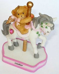 Heidi´s Cherished Teddies Galerie: MONTHLLY CAROUSEL FIGURINE OCTOBER (755338_ls) WANT