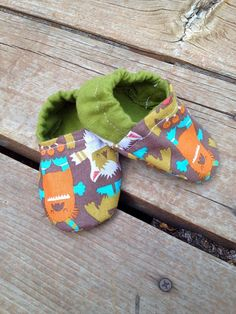 Mosters and Friends Green and Brown Baby Crib by WithinThePines