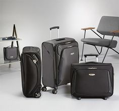 Shop X'blade Upright Expandable wheels) in the official Samsonite Online Store. Discover our vast range of suitcases, laptop bags and other luggage. Fashion Beauty, Mens Fashion, Laptop Bag, Suitcase, Baggage, Boutique Online Shopping, Moda Masculina, Man Fashion, Fashion Men