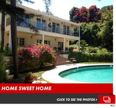 'Real Housewives of Beverly Hills' Star Faye Resnick -- Buy One House, Get One Stalker, Free!