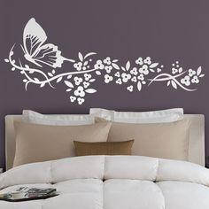 Vinilos Decorativos: Mariposa y Floral