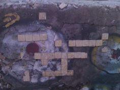 Street Art w KRK KResKi - Industrialne scrabble vol. II - na betonowym...