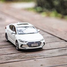 The chill wind evoked the pleasant memories - 차가운 겨울바람 속 피어나는 따뜻한 추억 - #winterishere #warm #pleasant #memory #chilly #coldwind #travel #driving #park #car #carsinstagram #diecast #AVANTE #Elantra #Hyundai
